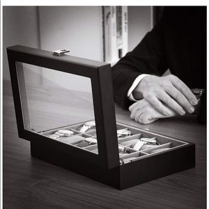 Other - Men's black leather watch display case travel case